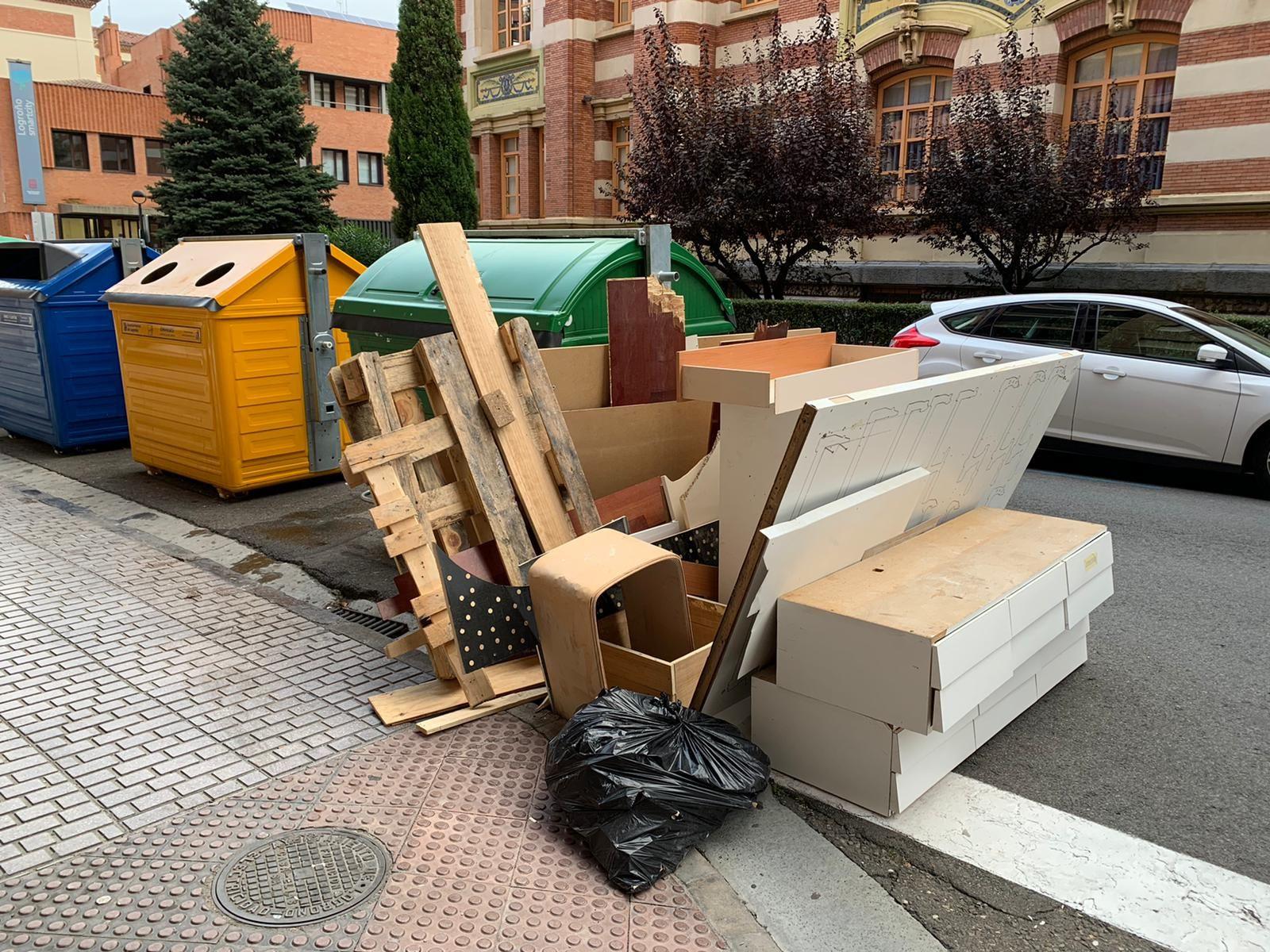 El Grupo Popular reclama medidas para mejorar la recogida de residuos voluminosos en la ciudad